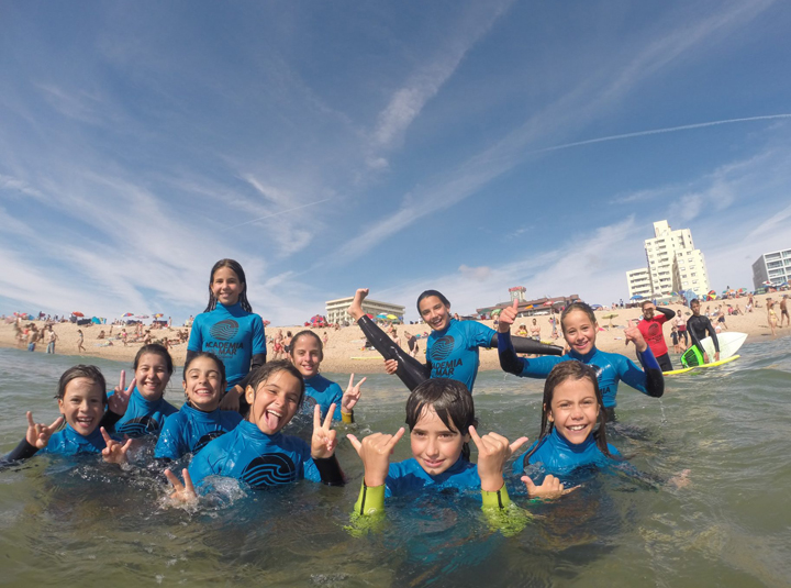 Academia do Mar - Surf School
